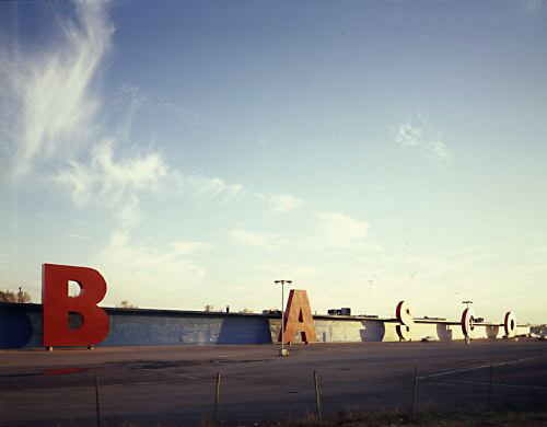 Robert Venturi, BASCO building, 1977–78, Philadelphia.