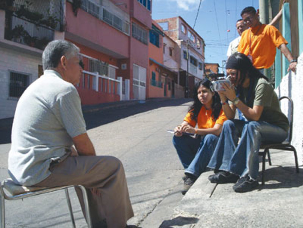 "Television crew conducting an interview for ""Now-Time Venezuela, Part 2: Revolutionary Television in Catia,"" Caracas, 2005. Photo: Catia TV."