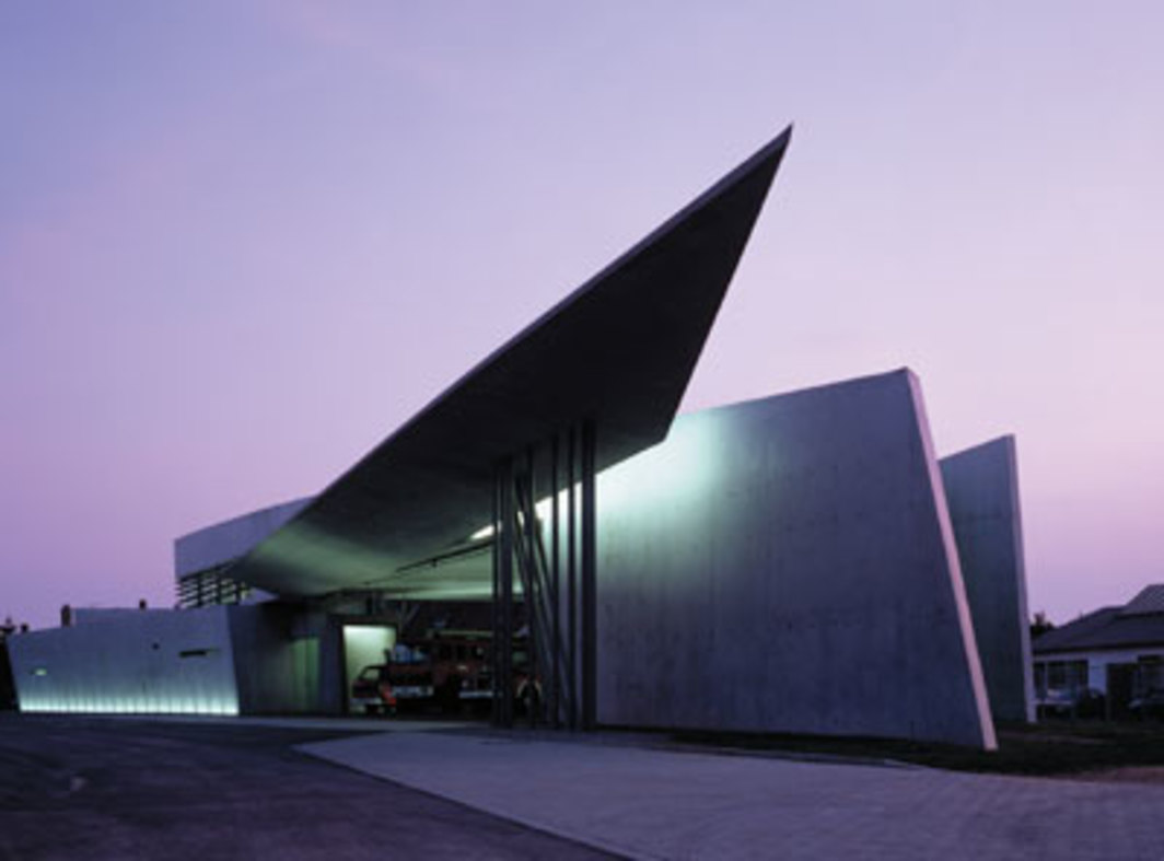 Zaha Hadid, Vitra Fire Station, 1990–94, Weil am Rhein, Germany. Photo: Christian Richters.