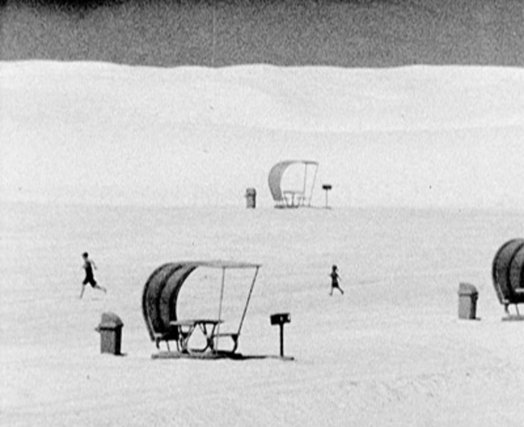 Dominique Gonzalez-Foerster, Atomic Park (film version), 2003/2004, still from a black-and-white video, 8 minutes 14 seconds. From 27th Bienal de São Paulo.