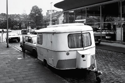 Michael Asher, Installation Münster (Caravan), 1987. Photo: Rudolf Wakonnig.