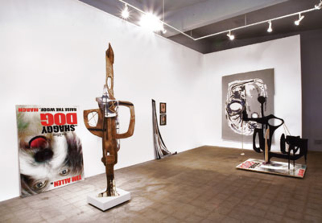 "View of Aaron Curry, ""Bank Robber,"" 2006, David Kordansky Gallery, Los Angeles. From left: Fragments from a Collective Unity (Standing), 2006; Haunt (Thief), 2006; Hobo Head Rig (Bank 5), 2006; and Fragments from a Collective Unity (Reclining), 2006."