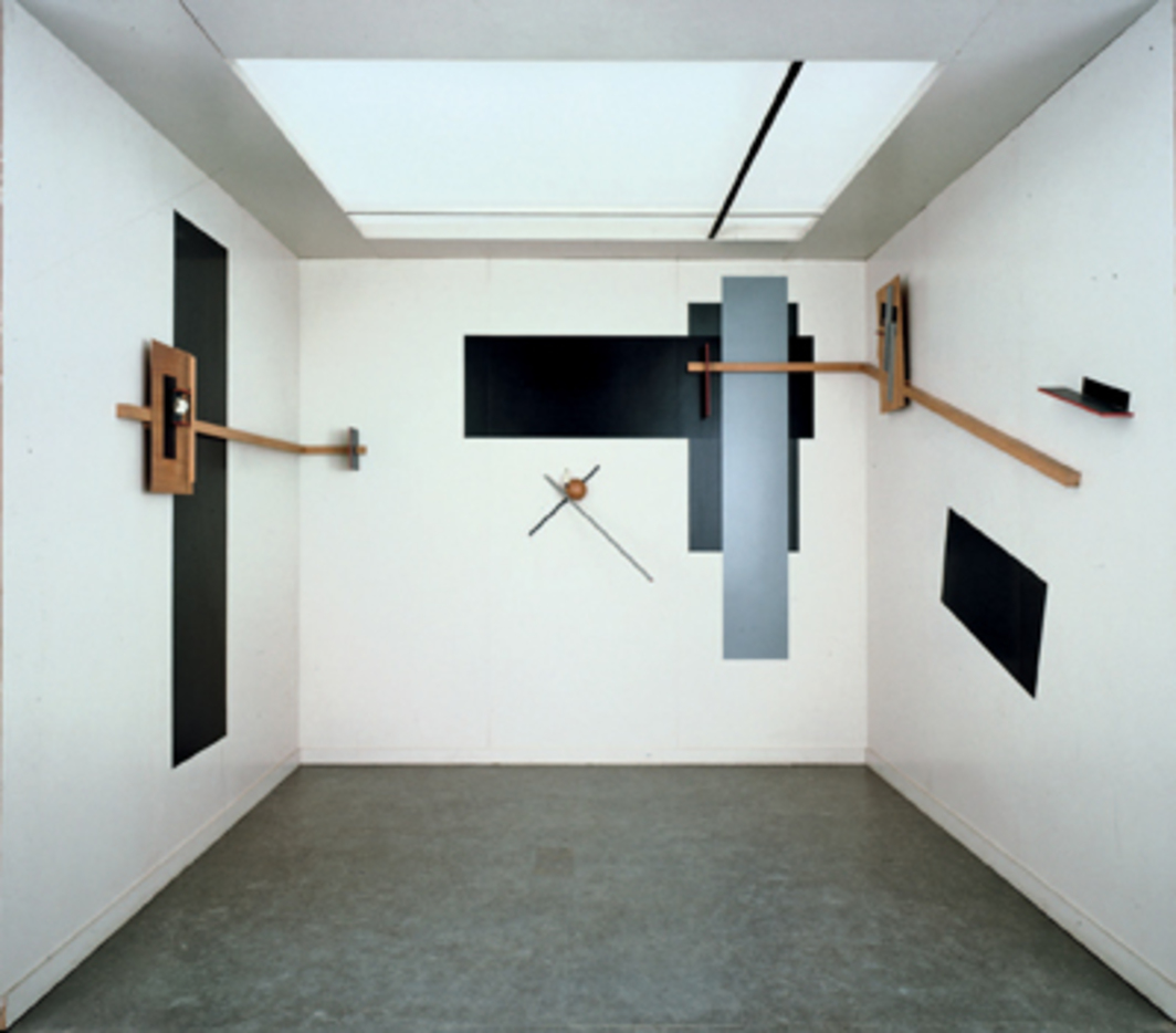 El Lissitzky, Prounenraum (Proun Room), 1923/1971, wood and paint. Installation view, Van Abbemuseum, Eindhoven, the Netherlands, 2007. Photo: Peter Cox.