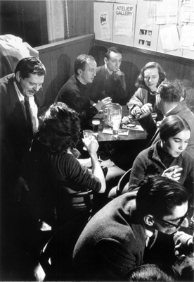 Burt Glinn, Back Table at the Five Spot, 1957, black-and-white photograph. Back table, from left: Frank O'Hara, Larry Rivers, and Grace Hartigan.