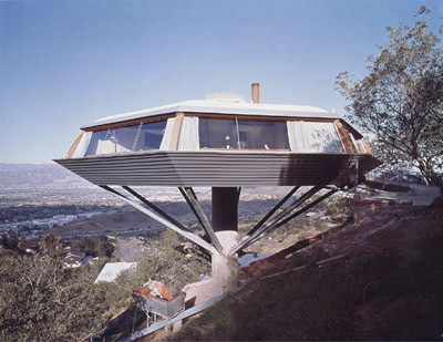John Lautner, Chemosphere (Malin residence), 1960, Los Angeles. Photo: Julius Schulman/Julius Schulman Photography Archive, J. Paul Getty Trust.