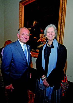 Anne d'Harnoncourt and Donald Caldwell, president of the board of trustees of the Pennsylvania Academy of Fine Arts, in front of Thomas Eakins's Gross Clinic, 1875, Philadelphia Museum of Art, 2007. Photo: Kelly & Massa Photography.
