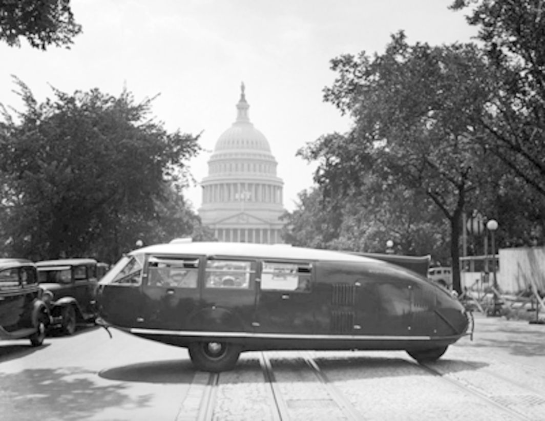 A Dymaxion Car, designed by R. Buckminster Fuller, in front of the US Capitol, Washington, DC, July 20, 1934. Photo: Corbis