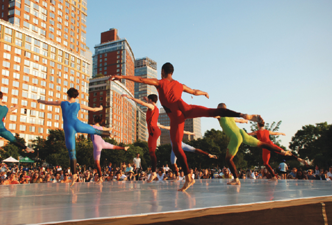 Merce Cunningham, Event, 2009. Performance view, Rockefeller Park, New York, August 6, 2009. Merce Cunningham Dance Company. Photo: Ryan McNamara.