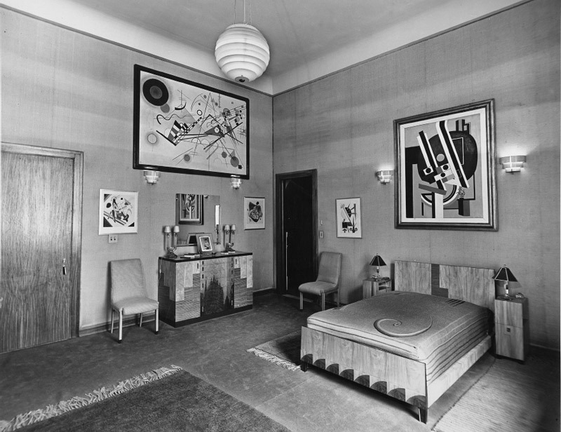 Interior of Solomon R. Guggenheim's suite at the Plaza Hotel, New York, ca. 1937. Photo: Solomon R. Guggenheim Foundation, New York.