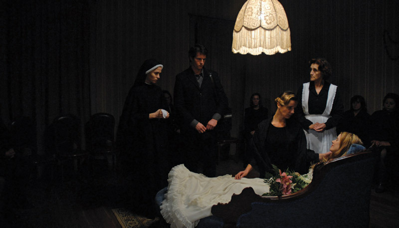 Manoel de Oliveira, O estranho caso de Angélica (The Strange Case of Angelica), 2010, still from a color film in 35 mm, 97 minutes. Clockwise from left: Nun (Sara Carinhas), Isaac (Ricardo Trêpa), Mother (Leonor Silveira), Maid (Isabel Ruth), Angelica (Pilar López de Ayala).