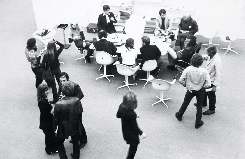 "View of ""Inno₇0,"" 1971, The Hayward, London. © APG/Tate Archive."