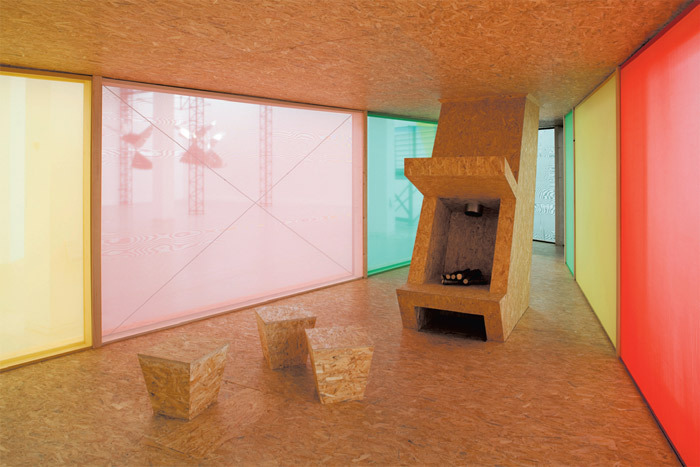 "Thomas Schütte, Ferienhaus für Terroristen (Vacation House for Terrorists), 2009, wood, fabric, 11' 5 3/4"" x 59' 2 3/4"" x 26' 9 1/4"". Photo: David Ertl."