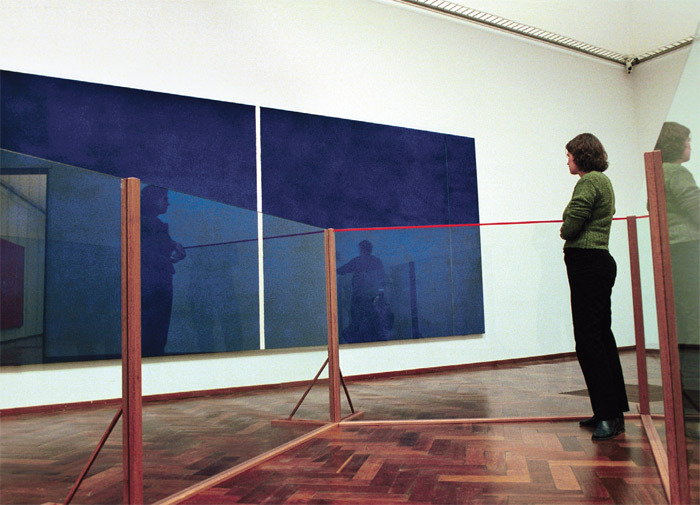 Barnett Newman's Cathedra, 1951, displayed for the first time after it was repaired, Stedelijk Museum, Amsterdam, December 7, 2001. Photo: Friso Spoelstra/HollandseHoogte/Redux.