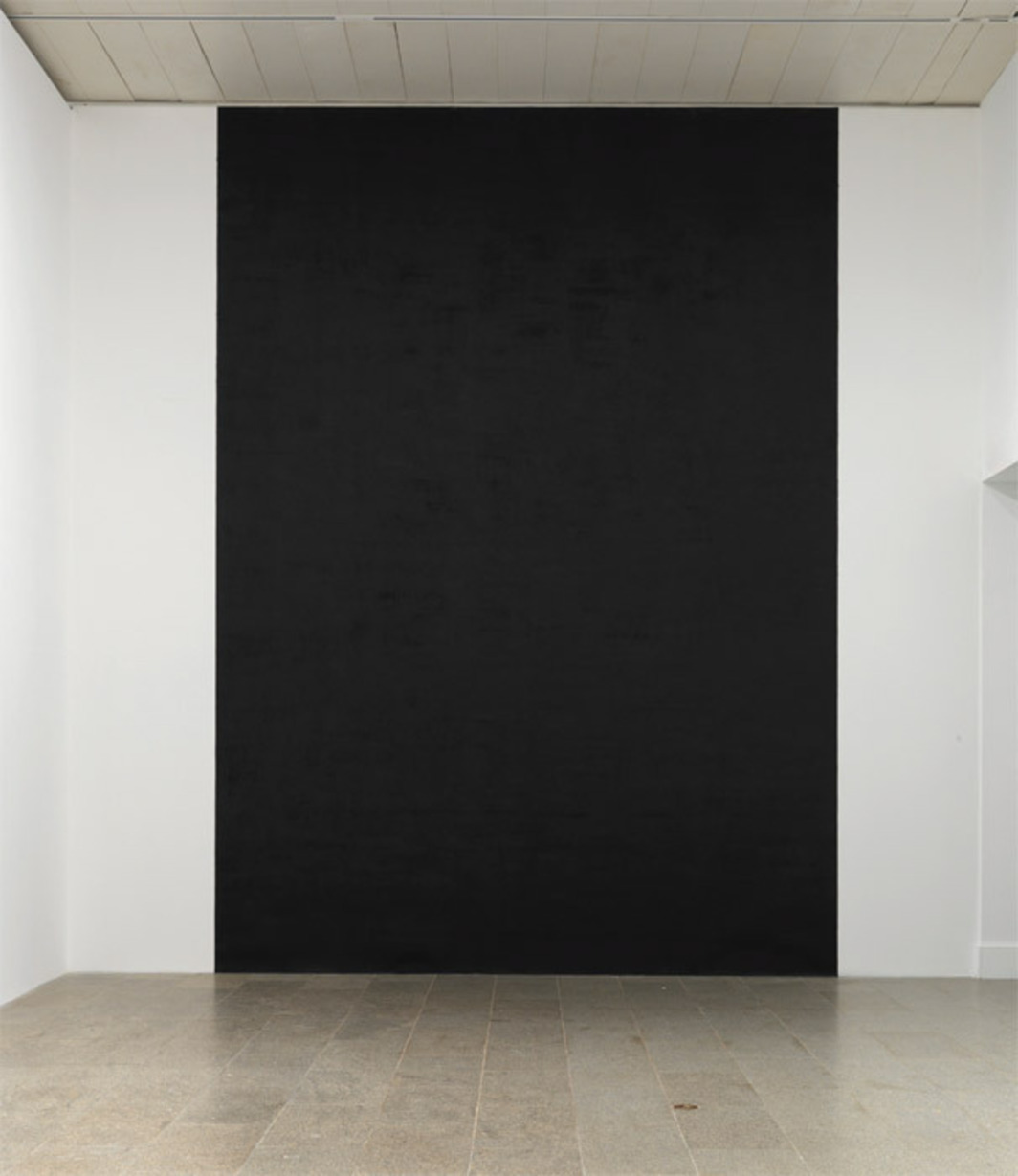 Richard Serra, Taraval Beach, 1977/2011, paint stick on Belgian linen. Installation view, 2011. Photo: Rob McKeever.
