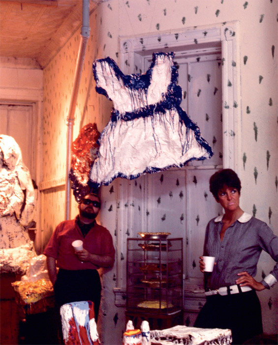 Sturtevant (right) at her The Store of Claes Oldenburg, 623 East Ninth Street, New York, 1967. Photo: Virginia Dwan.