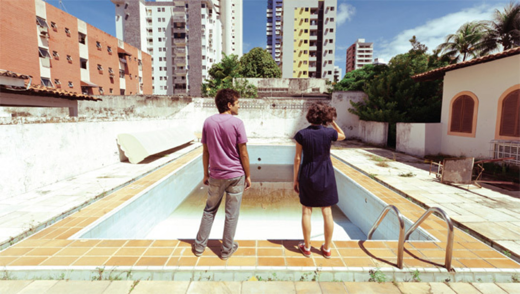 Kleber Mendonça Filho, O som ao redor (Neighboring Sounds), 2012, still from a color film in 35 mm, 131 minutes. João (Gustavo Jahn) and Sophia (Irma Brown).