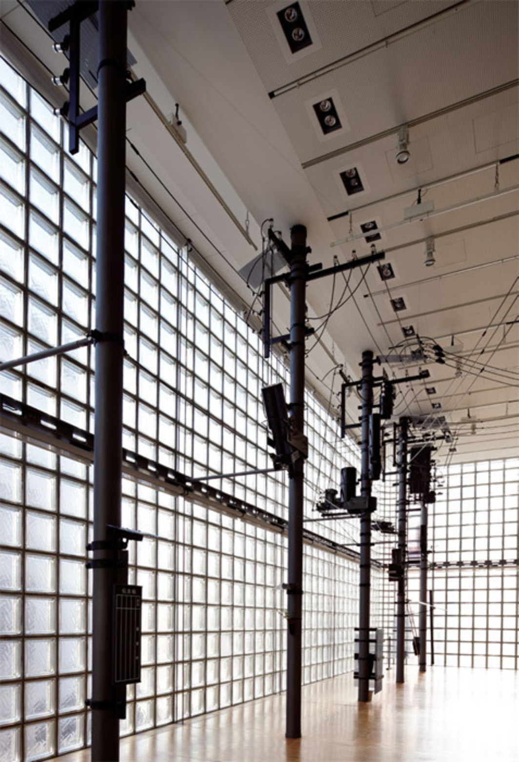 Akira Yamaguchi, Unforgettable Electric Poles, 2012, 