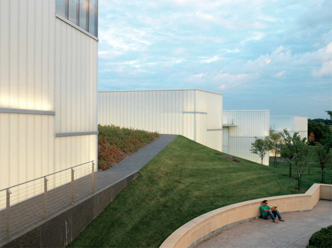 Steven Holl Architects, Nelson-Atkins Museum of Art, 1999–2007, Kansas City, MO. Photo: Andy Ryan, 2006.