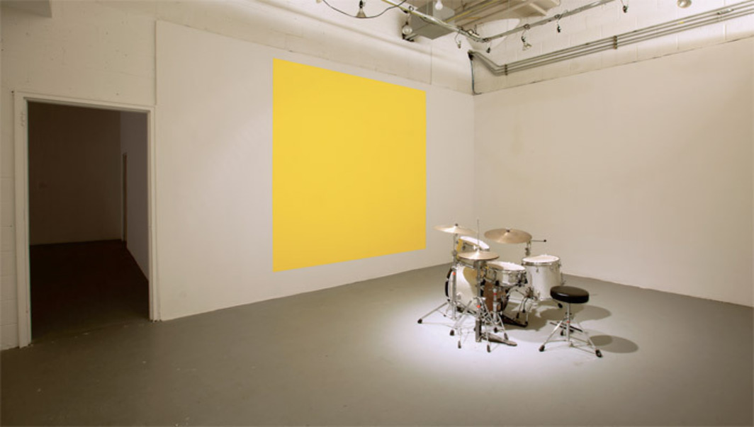 Lynne Harlow, BEAT, 2007, acrylic paint, drum kit, live performance with musicians. Installation view. Photo: Julio Grinblatt.
