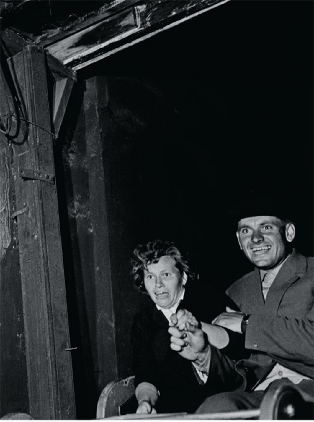 "Péter Nádas, In der Geisterbahn (On the Ghost Train), 1963, gelatin silver print, 9 x 7""."