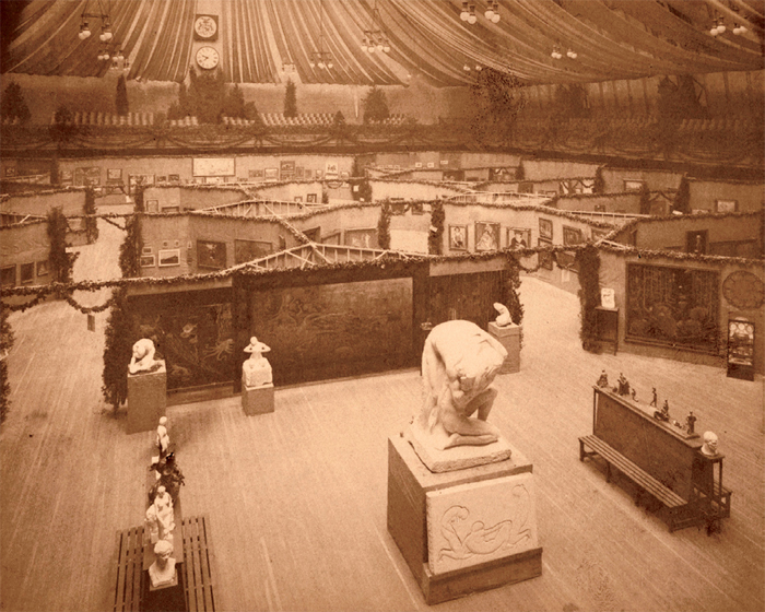 "View of ""International Exhibition of Modern Art"" (The Armory Show), 1913, 69th Regiment Armory, New York. Photo: Smithsonian Archives of American Art."