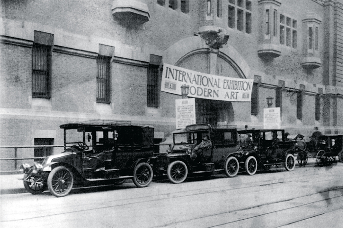 69th Regiment Armory during the 1913 International Exhibition of Modern Art in New York. Walt Kuhn, Walt Kuhn Family papers, and Armory Show records, Archives of American Art, Smithsonian Institution.