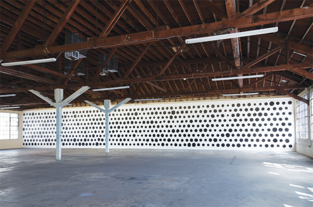 Jonathan Horowitz, 590 Dots, 2014, acrylic on canvas. Installation view.