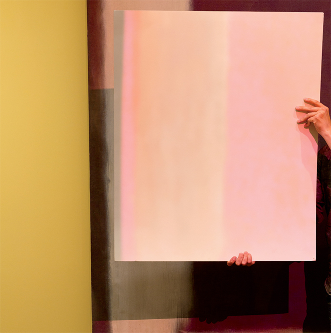 White card illustrating the projected light used in the restoration of Mark Rothko's Panel Five (Harvard Mural), 1962, Harvard Art Museums, Cambridge, MA, 2015. Photo: Kate Lacey. © Kate Rothko Prizel and Christopher Rothko/Artists Rights Society (ARS), New York. © President and Fellows of Harvard College.