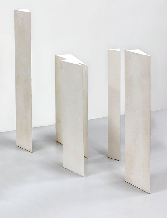 Mathias Goeritz, Torres de Ciudad Satélite (Towers of Satellite City), 1957, wood, paint, dimensions variable.