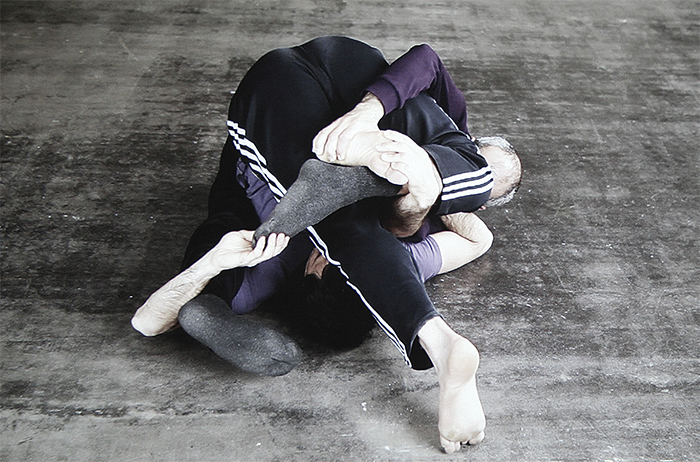 William Forsythe, Stellenstellen, 2013. Performance view, Museum für Moderne Kunst, Frankfurt, 2012.