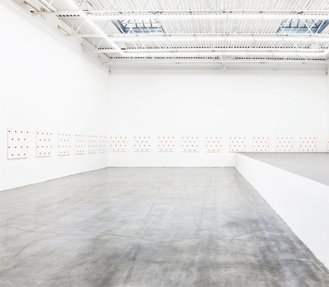 Niele Toroni, 25 Paintings, 1987, acrylic on twenty-five canvases. Installation view, Swiss Institute, 2015.