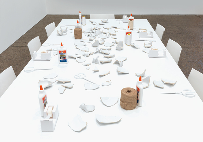 Yoko Ono, Mend Piece, 1966/2015, mixed media, dimensions variable. Galerie Lelong.