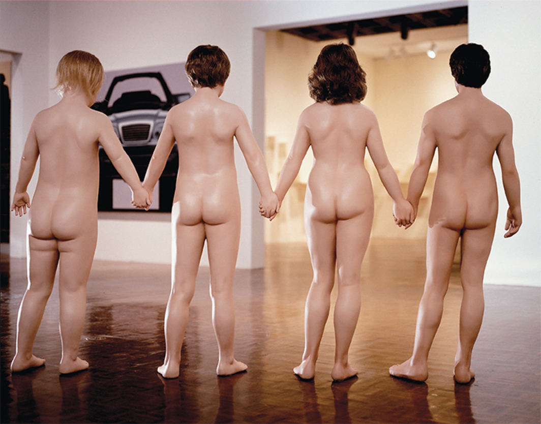 Charles Ray, Family Romance, 1992–93, painted fiberglass, synthetic hair. Installation view, 1993 Whitney Biennial, Whitney Museum of American Art, New York. Photo: Ted Thai/The LIFE Images Collection/Getty Images.