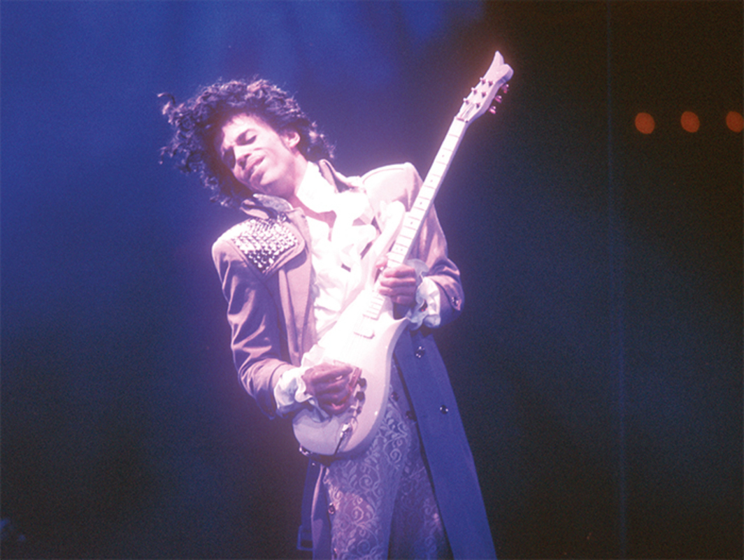 Prince performing at the Forum, Inglewood, CA, February 19, 1985. Photo: Michael Ochs Archives/ Getty Images.