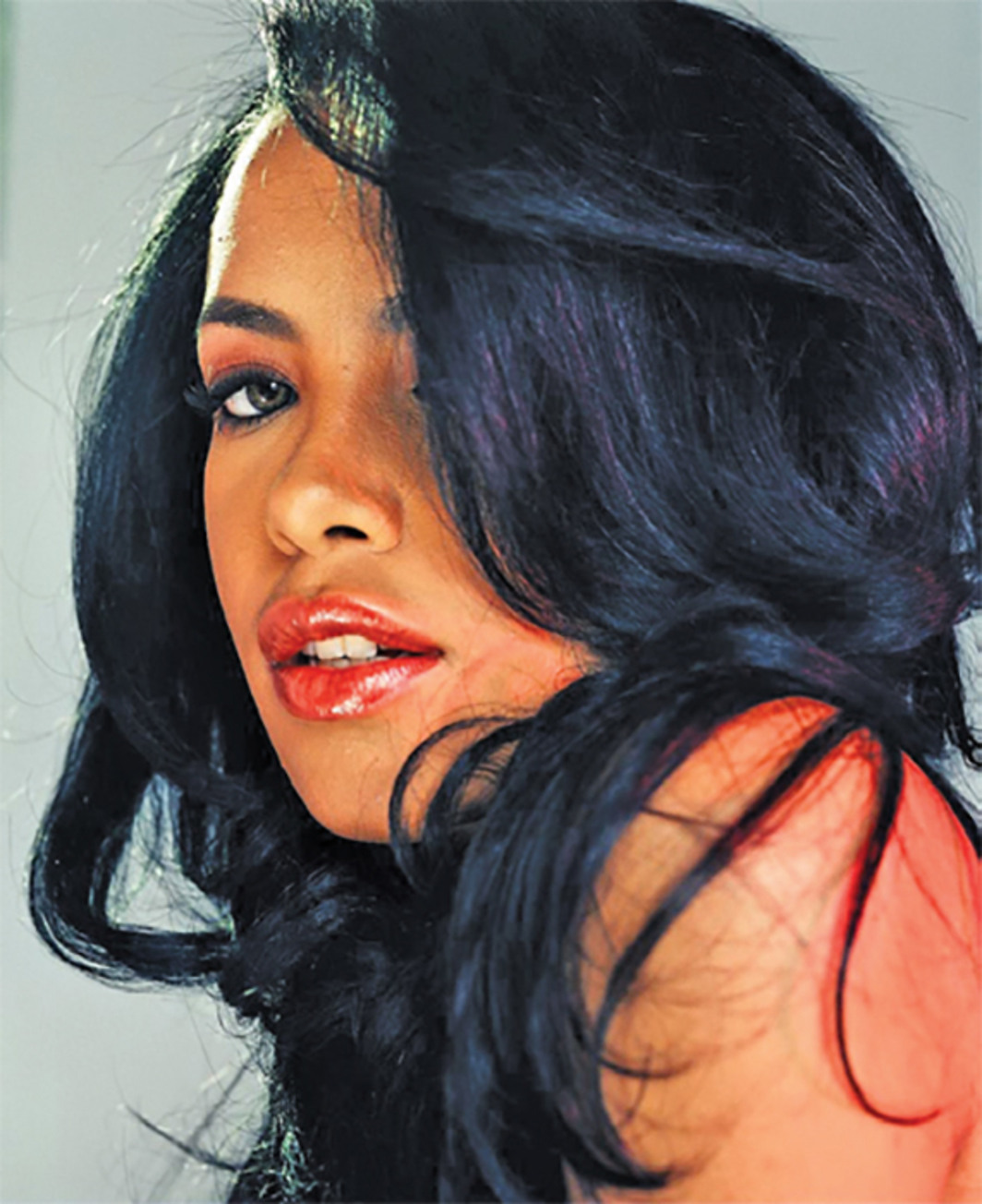 *Outtake from Aaliyah's editorial photo shoot for _Entertainment Weekly_, July 2001.* Photo: Eric Johnson.