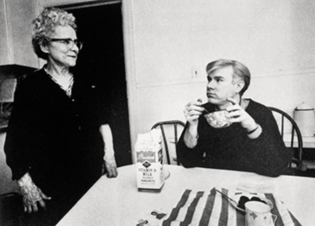 Julia Warhola and Andy Warhol, 1342 Lexington Avenue, New York, 1964. Photo: Ken Heyman/Woodfin Camp/Getty Images. © The Andy Warhol Foundation for the Visual Arts, Inc./Artists Rights Society (ARS), New York. The Andy Warhol Museum, Pittsburgh, PA, a museum of Carnegie Institute. All rights reserved.
