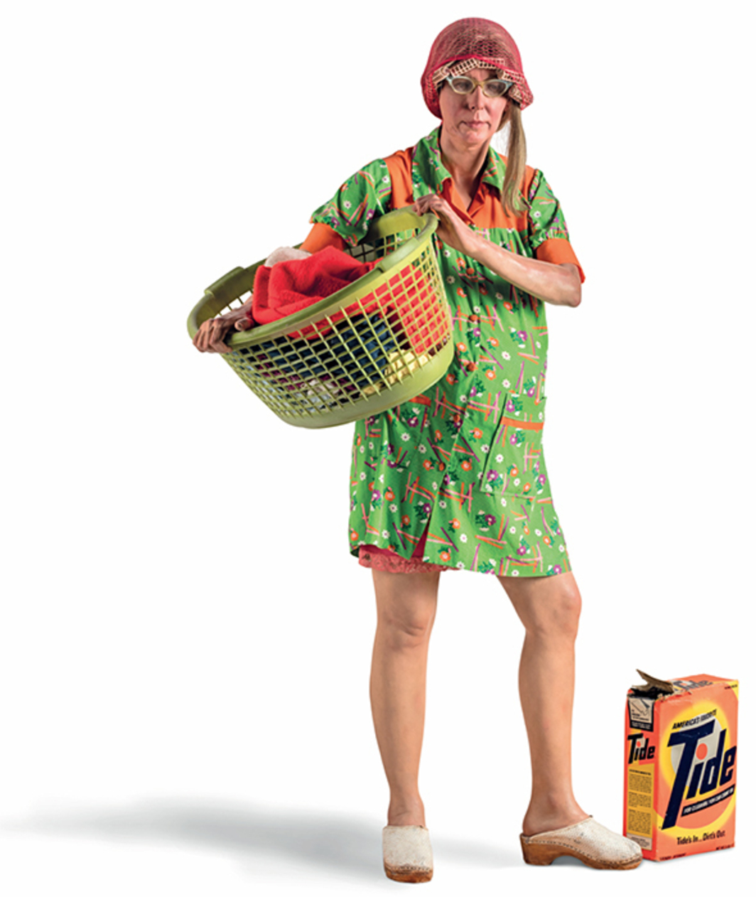 "Duane Hanson, Woman with a Laundry Basket, 1974, oil paint, cardboard, resin, talc, fiberglass, fabric, plastic, approx. 65 × 33 1/8 × 27 1/2"". From ""Hyper Real."""