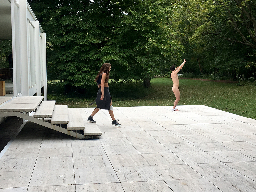 Rehearsal for Gerard & Kelly's Modern Living at the Farnsworth House. (All photos: David Huber)