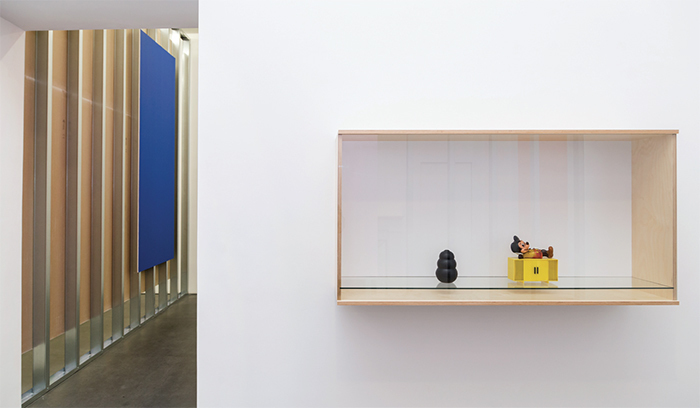 "View of ""Haim Steinbach,"" 2017. From left: bluevelvet, 2017; Untitled (dog chew, mouse), 2017. Photo: Danilo Donzelli."