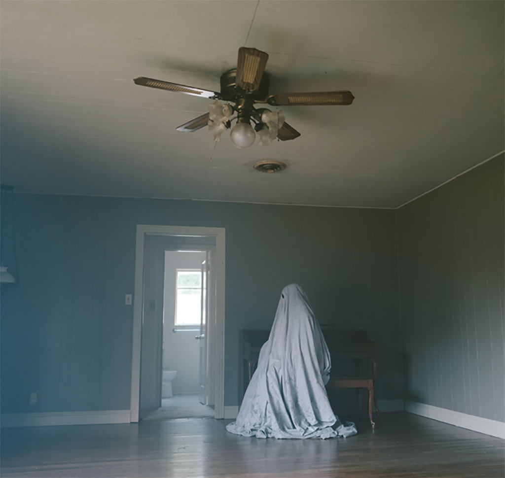 David Lowery, A Ghost Story, 2017, 2K video, color, sound, 93 minutes.