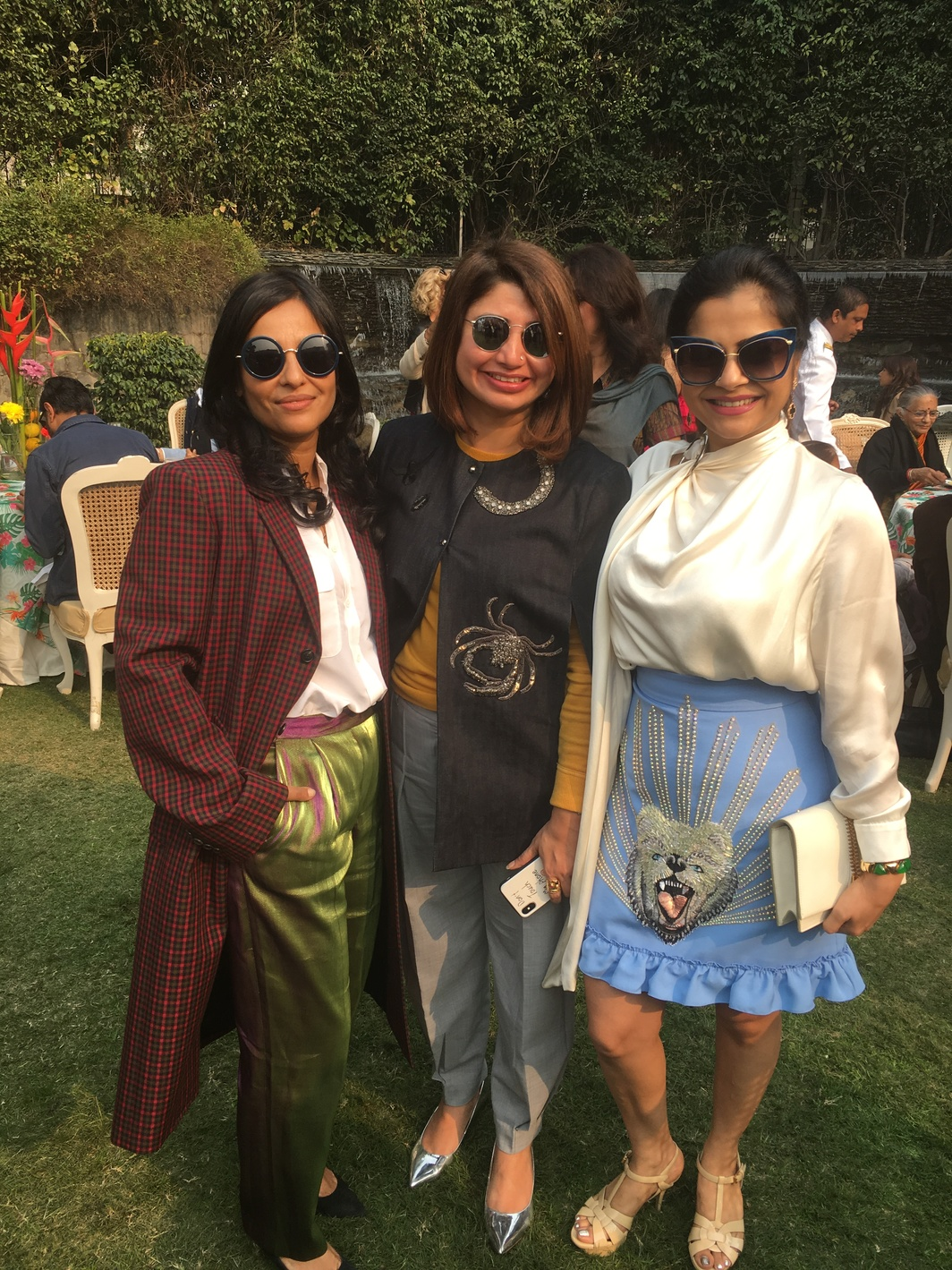Dealer Sree Banerjee Goswami with Bhavna Khakhar and Nadia Samdani.