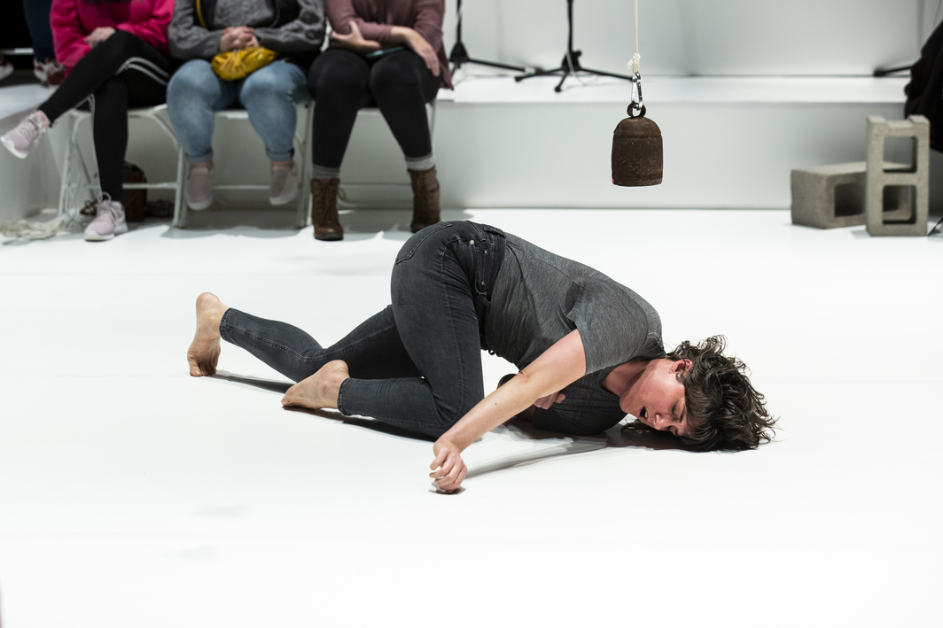 Faye Driscoll, Thank You For Coming: Space. Performance view, Montclair State University's Alexander Kasser Theater, 2019. Photo: Maria Baranova.