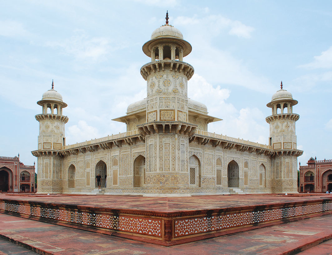 *Mausoleum of I'timād-ud-Daulah, 1628, Agra, India.* Photo: Sanyam Bahga/Flickr.