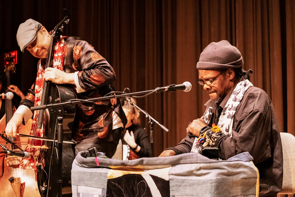 Lonnie Holley (right) performing at the Dallas Museum of Art on April 19, 2019. Photo: Dickie Hill.