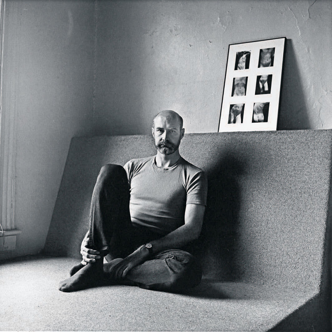 Douglas Crimp with Sherrie Levine's Untitled (After Edward Weston) (1981), New York, 1986. Photo: Robert Giard.