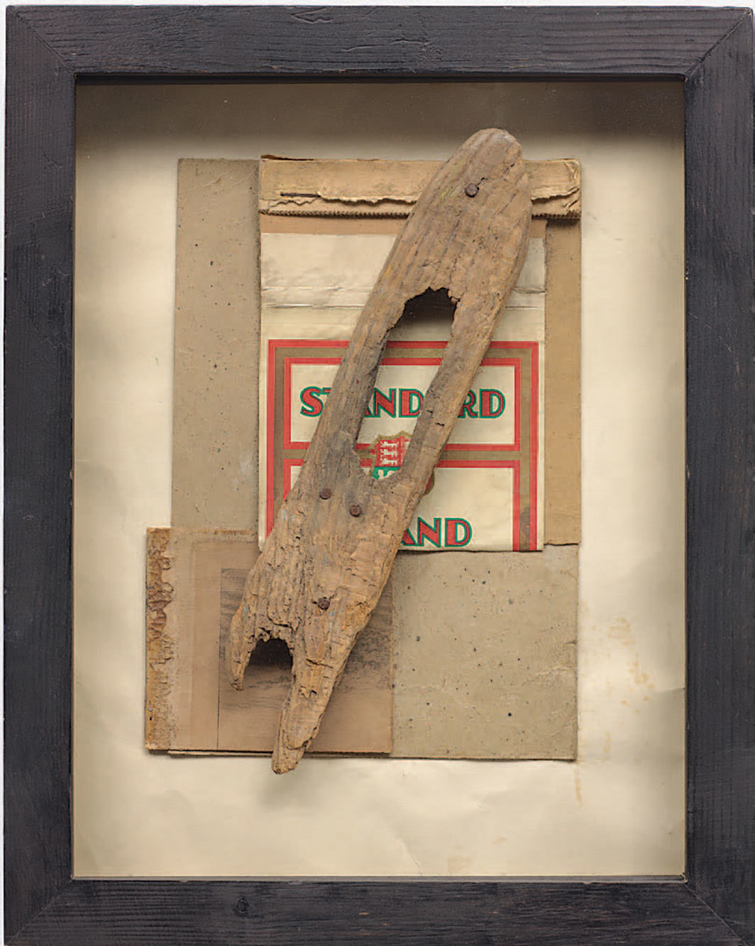 "Kurt Schwitters, Ohne Titel (Standrad mit Holz) (Untitled [Standard with Wood]), 1947, mixed media, 10 × 6 3⁄4""."