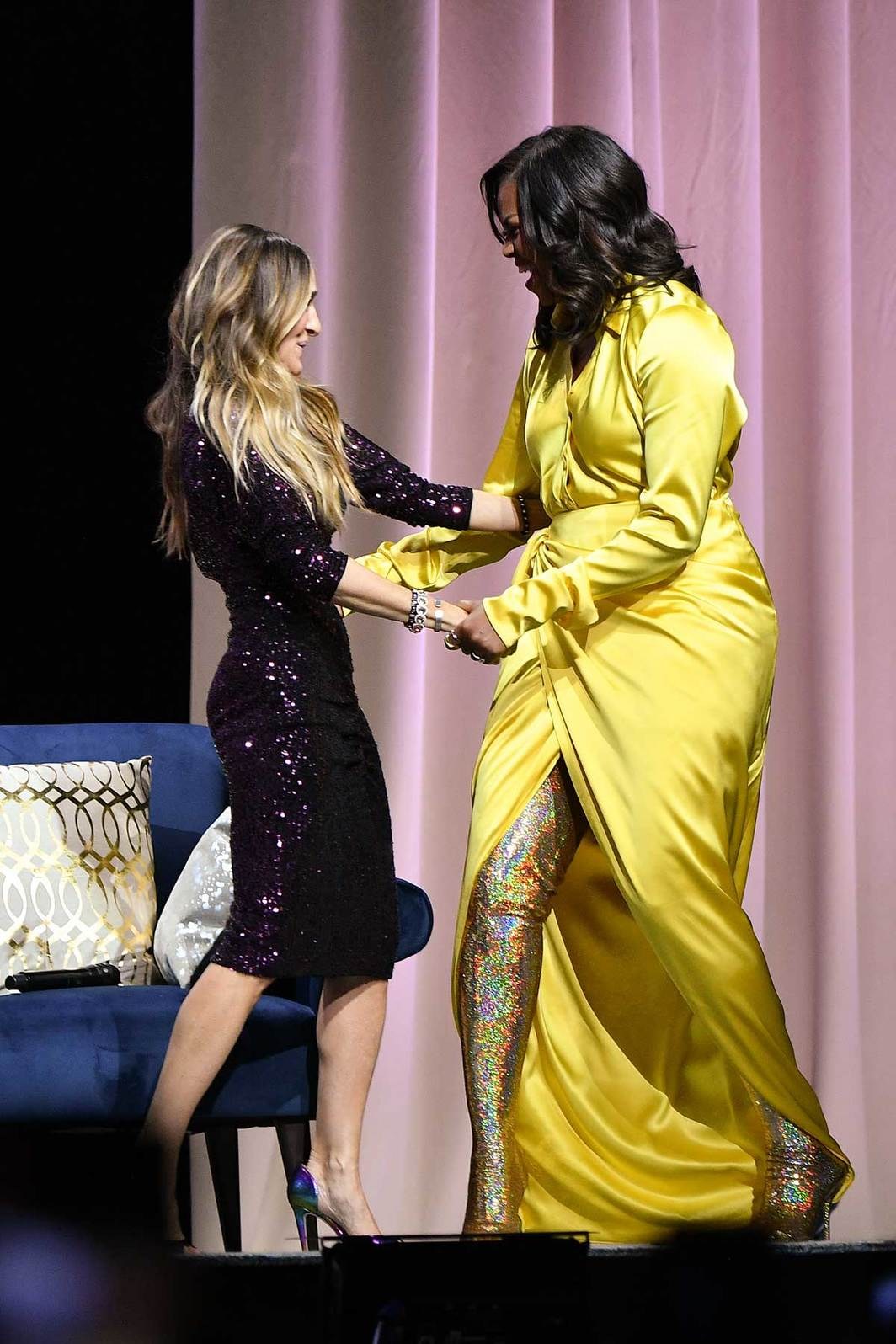 Michelle Obama and Sarah Jessica Parker during the book tour for Obama's Becoming, Barclays Center, Brooklyn, NY, December 19, 2018. Photo: Dia Dipasupil/Getty.