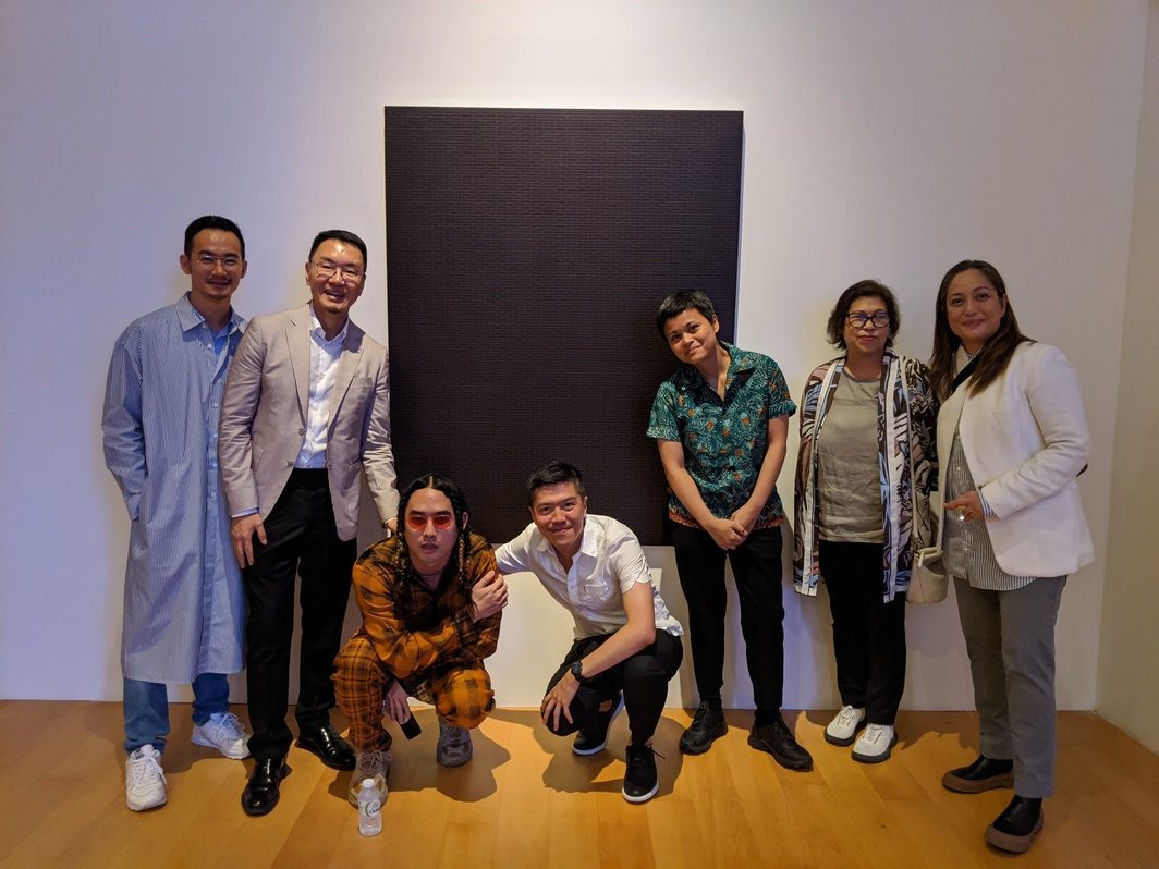 Sunpride's Sean Chang, Patrick Sun, artist Korakrit  Arunanondchai, Asia Art Archive's head of research John Tain, artist Maria Taniguchi,Artistic Director of Jim Thompson Art Center  Gridthiya Gaweewong, Silverlens Gallery's Rachel Rillo. Photo: John Tain.