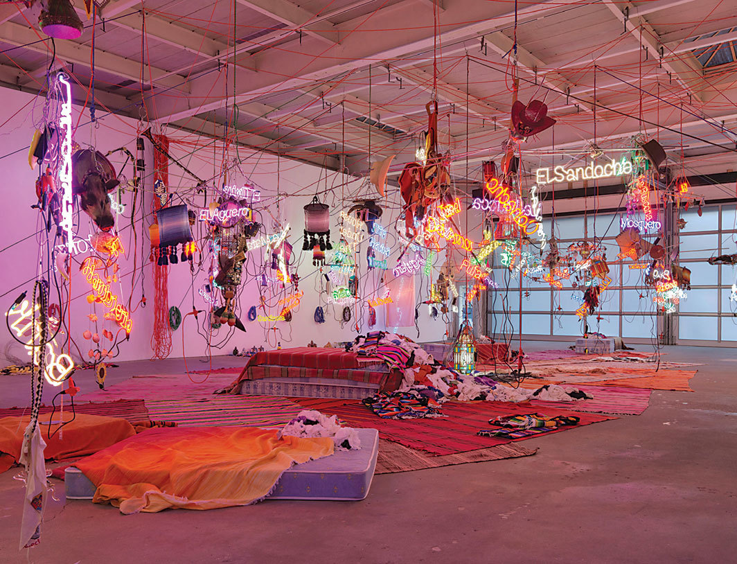 Jason Rhoades, Tijuanatanjier­chandelier, 2006, mixed media. Installation view.