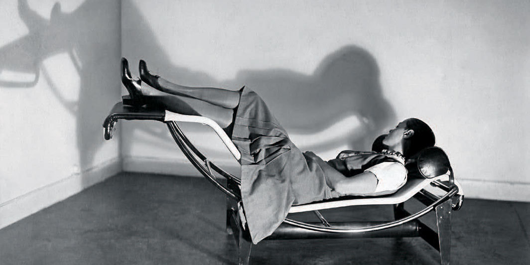 "Charlotte Perriand, Le Corbusier, and Pierre Jeanneret, Chaise longue basculante B 306 (Adjustable reclining chaise longue B 306), 1928, lacquered sheet steel, chromium-plated tube, rubber, fabric, steel springs, 26 3⁄8 × 63 5⁄8 × 22 5⁄8"". Charlotte Perriand, 1929. © F.L.C./ADAGP, Paris; © ADAGP, Paris; © AChP."